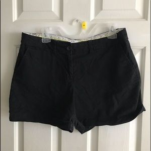 Black crown and ivy shorts